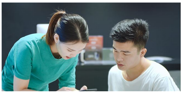 线上微信小程序上的生意是不可替代的!